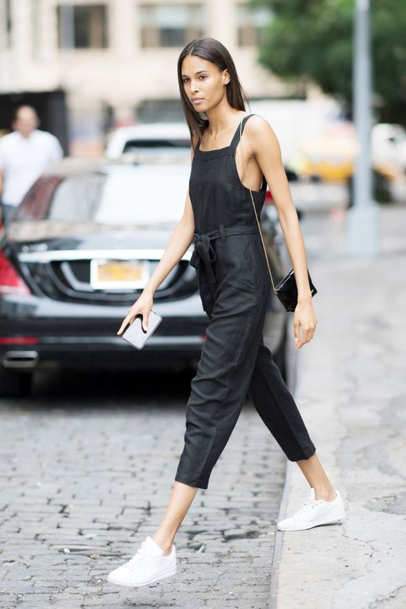 cute-jumpsuit-outfits- sneaker