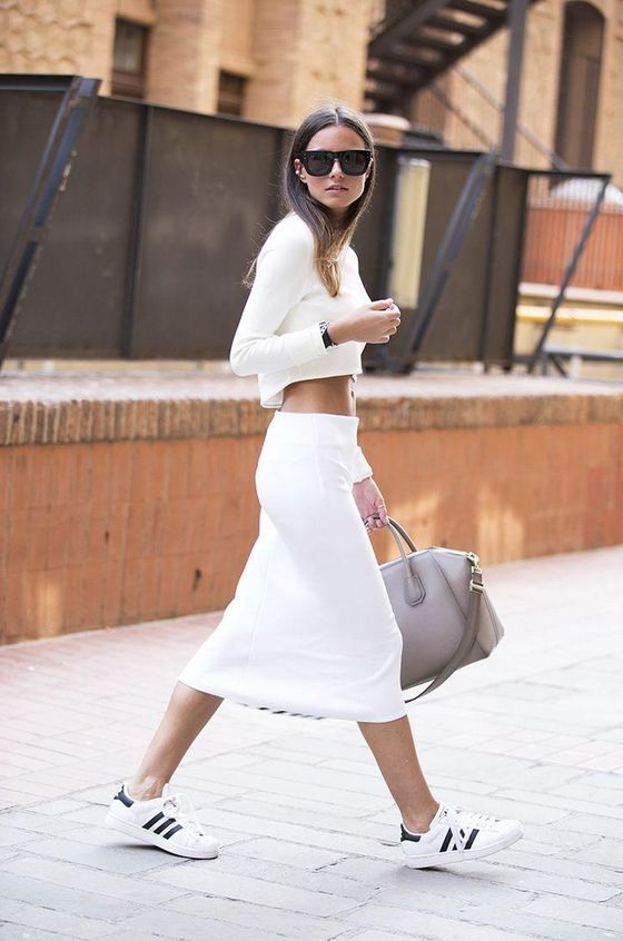 White-Sneakers-Outfit-And-All-White-Look